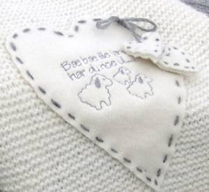 Bilde av Strikkepakke Babyteppe Puno